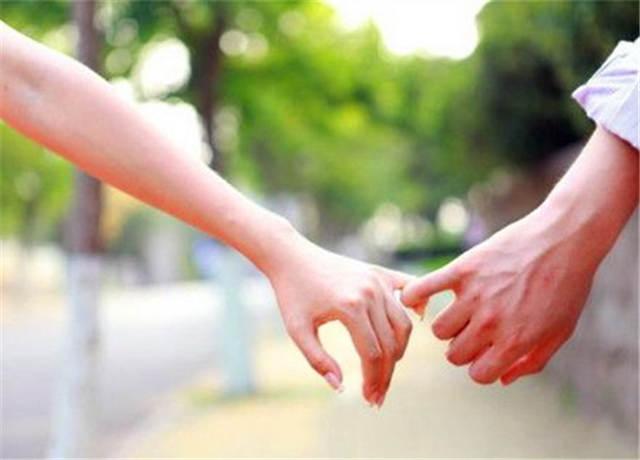 男友对你感情淡了怎么挽回?教你两招挽回